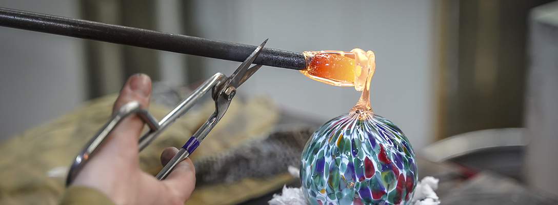 Las Vegas Glass Blowing Class for Unique Date Idea